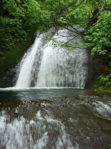 300px-Otome_waterfall